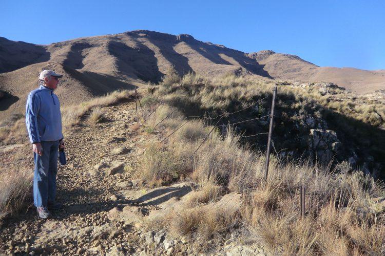 Die etwas halbherzige Absperrung am Beginn des Plateaus.