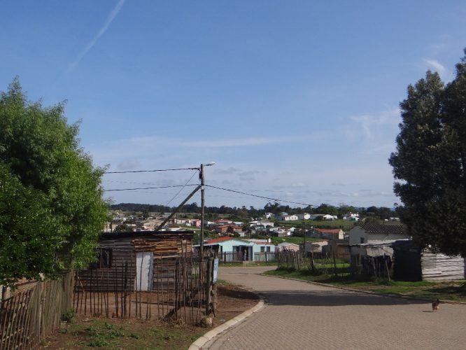 Blick über das Township.
