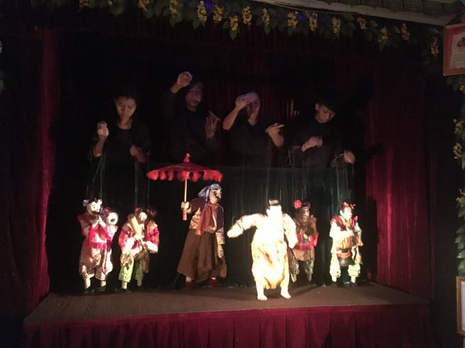 In Yangon, we saw an excellent traditional puppet theatre.