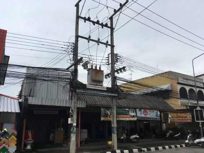 We were impressed by the adventurous wire constructions found throughout Thailand which seemed completely random...