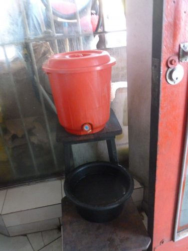 A central part of any restaurant or eatery: As people eat with their hands, there is always a facility like this to wash them before and after eating.