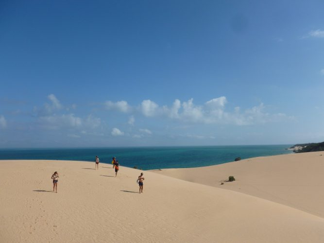One day, I did a boat trip to Bazaruto archipelago, some islands nearby which have huge sand dunes.